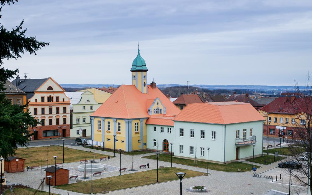 Plac rynkowy, Javornik, Czechy.