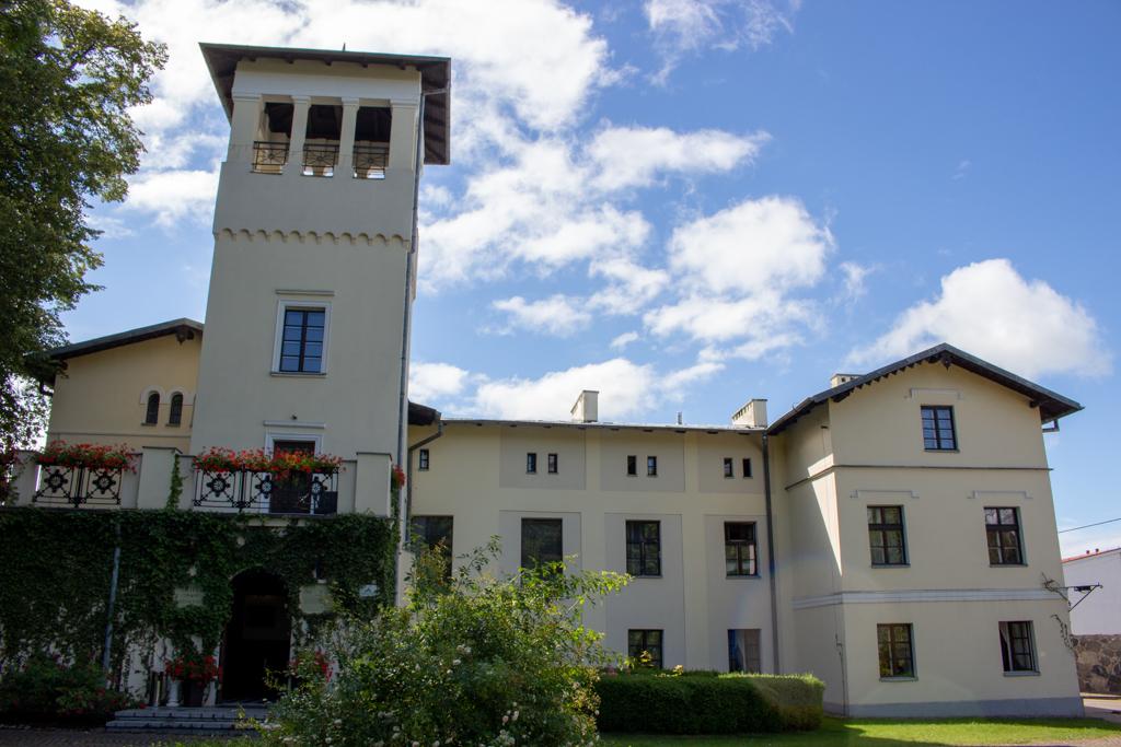 Kaszubskie dworki i pałaca - Pałac w Kłaninie